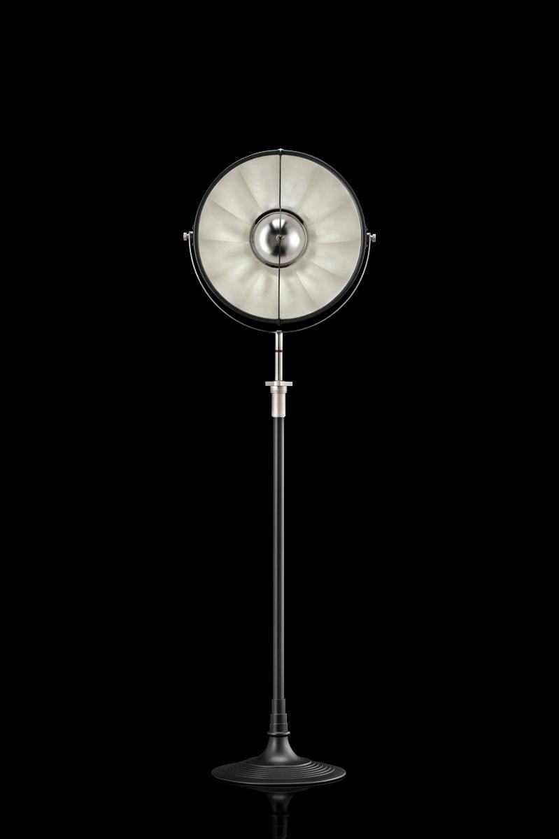 Lampada da terra Fortuny Atelier 41 nera e foglia argento