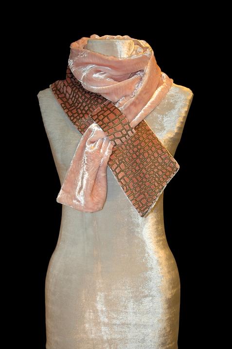 Sciarpa Fortuny in velluto stampato rosa 1