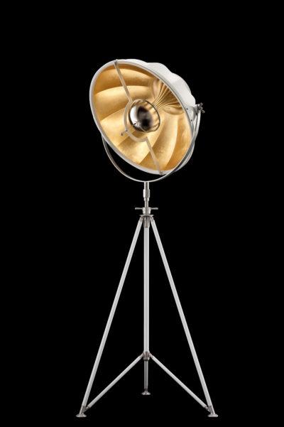 Lampada Fortuny Studio 63 bianca e foglia oro con treppiede