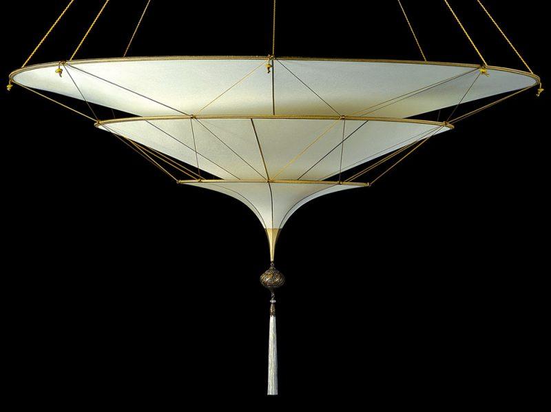Lampada in seta Scheherazade 3 dischi senza decorazioni vista laterale