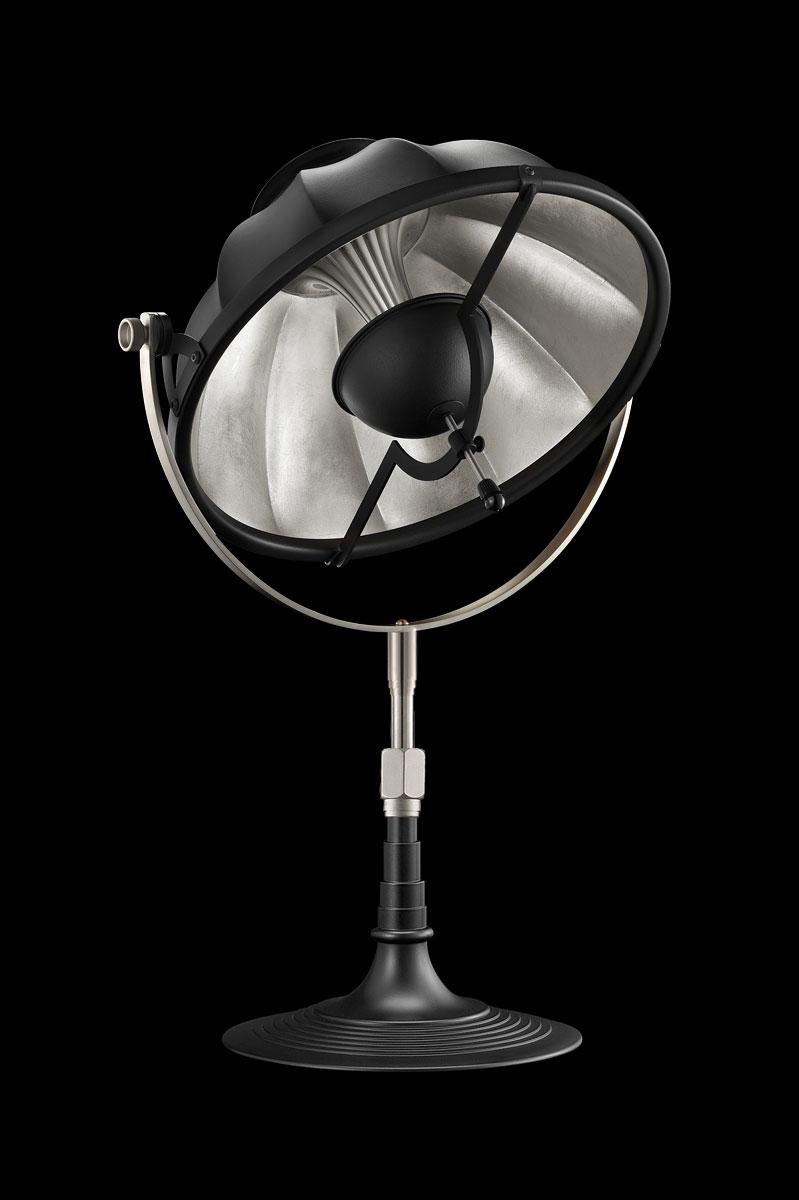 Lampada da tavolo Armilla 32 nera e foglia argento