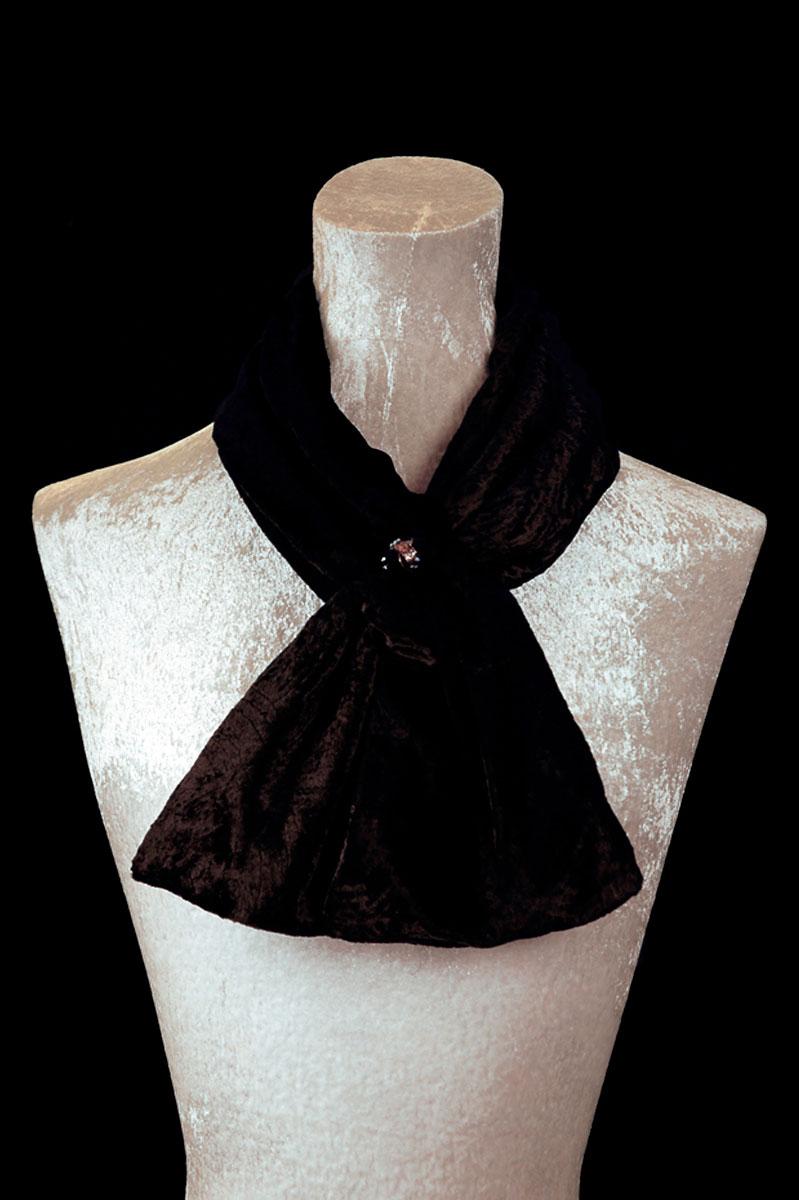 Sciarpa Fortuny in velluto riccio nero con perle in vetro di Murano