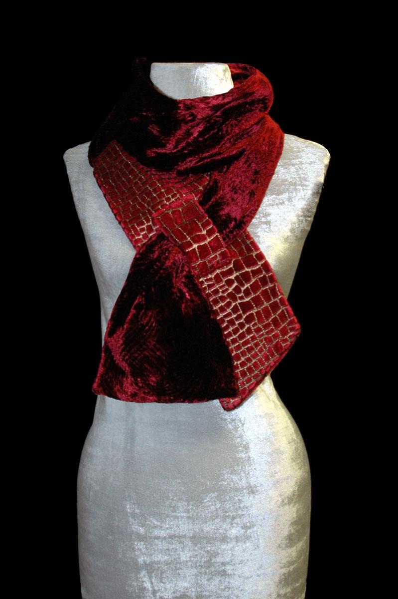 Sciarpa Fortuny in velluto stampato rosso