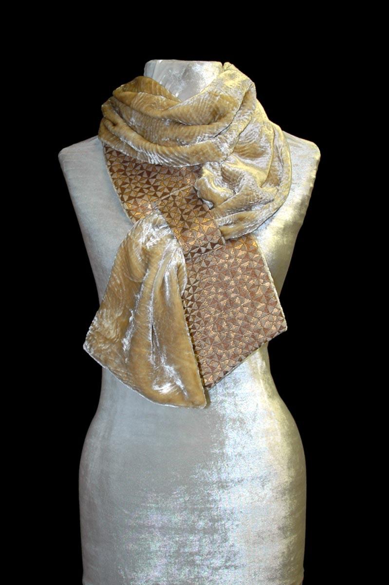 Sciarpa Fortuny Alessandrino in velluto beige stampato