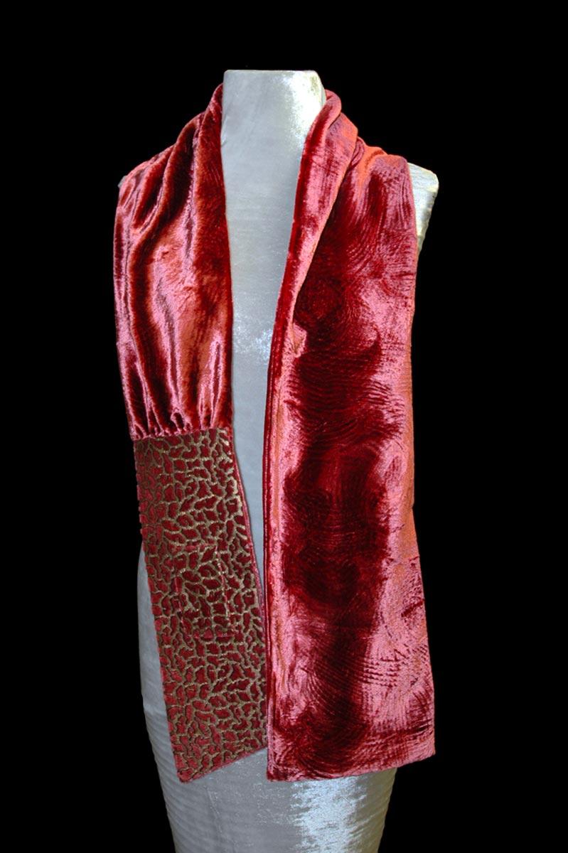 Sciarpa Fortuny Briciole in velluto color cannella stampato
