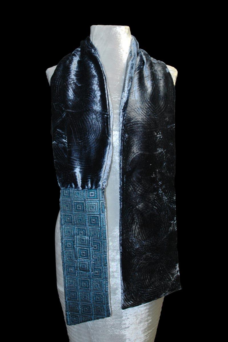 Sciarpa Fortuny Quadri in velluto grigio-blu stampato