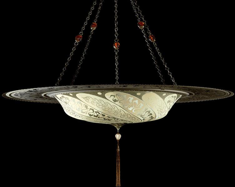 Lampada Scudo Saraceno Serpentine in seta avorio con anello metallico