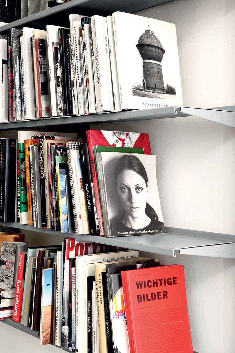 Pallucco Continua libreria da muro modulare dettaglio