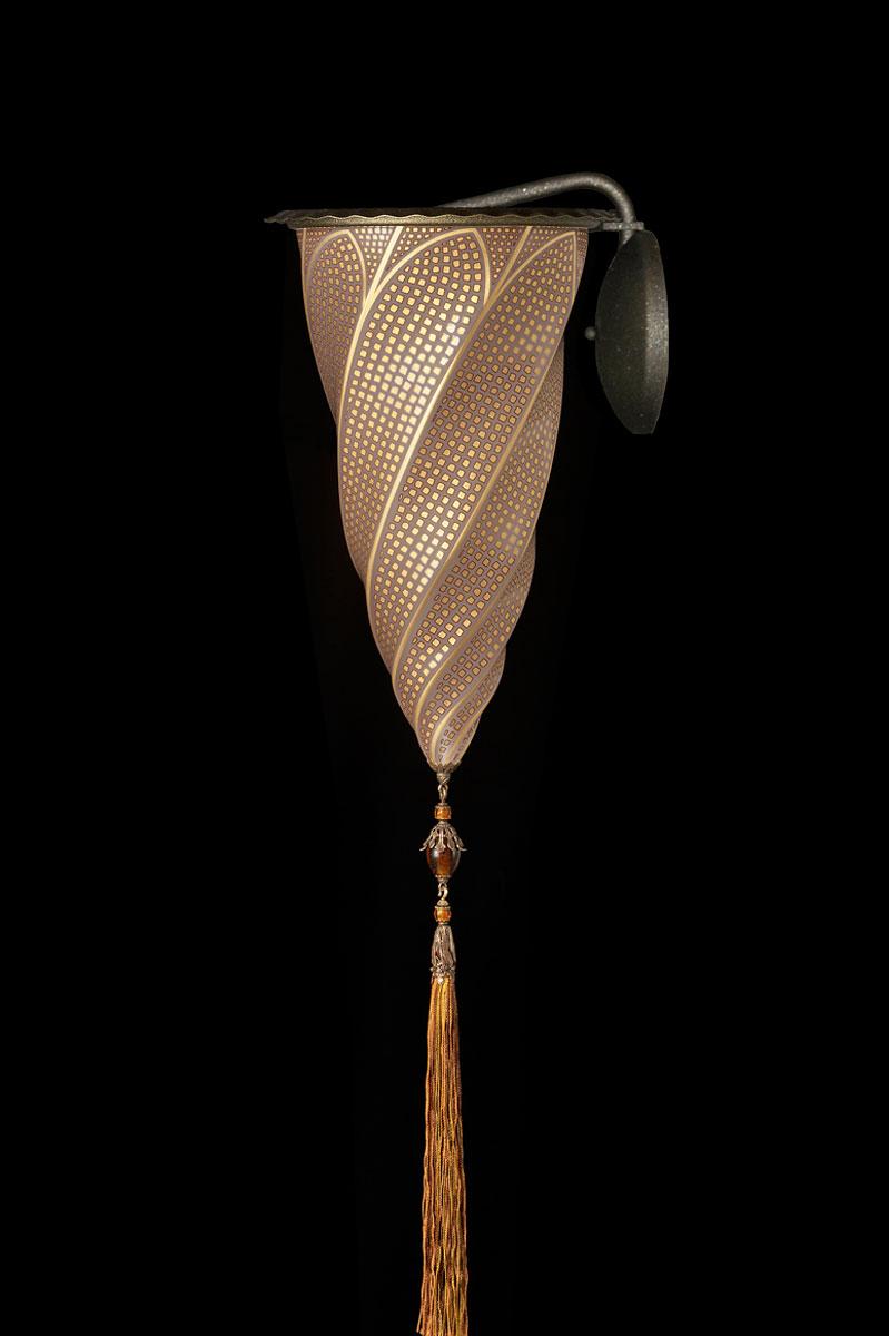 Lampada applique Fortuny Cesendello in vetro mosaico oro