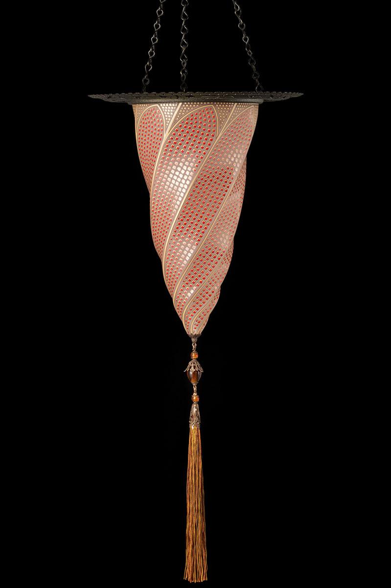 Lampada Fortuny Cesendello in vetro rosso mosaico con anello metallico