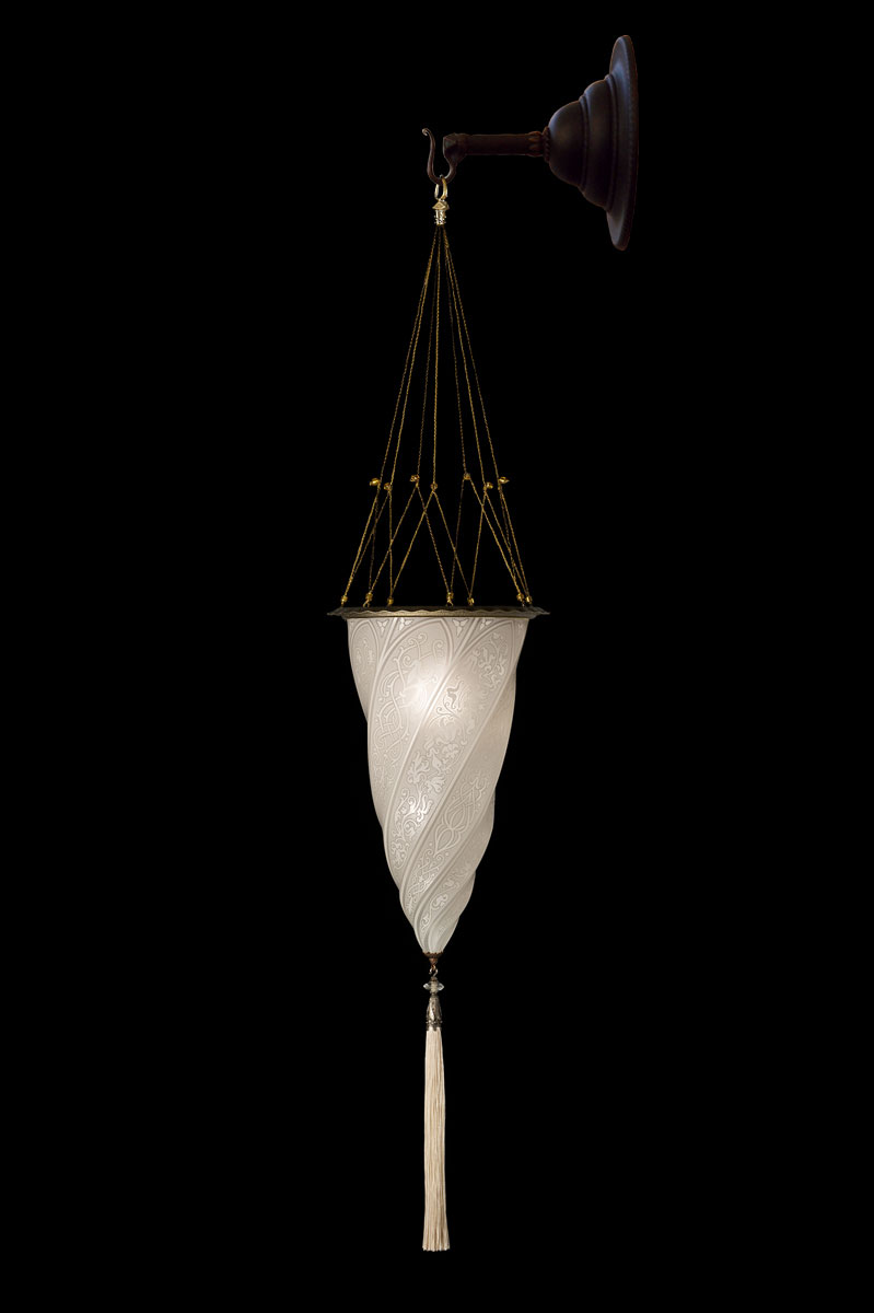 Fortuny Cesendello white glass wall lamp