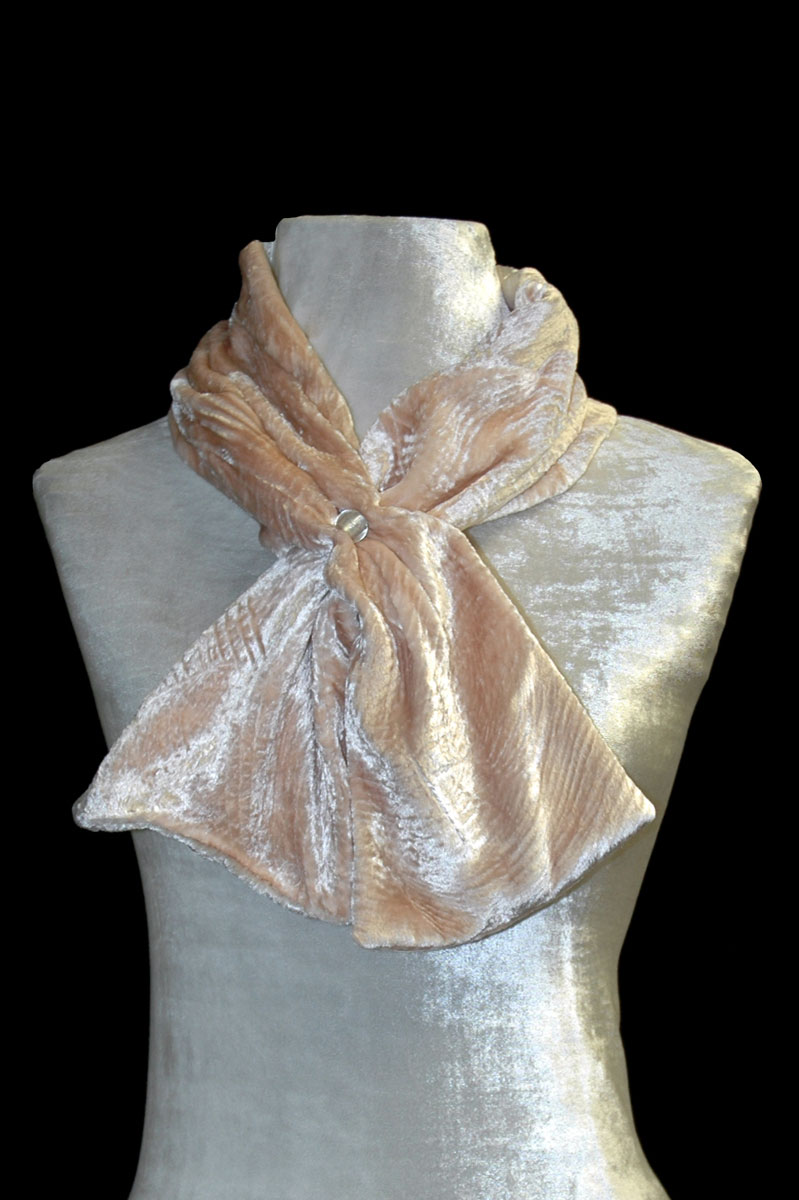 Fortuny shell pink furrowed velvet scarf with Murano glass bead