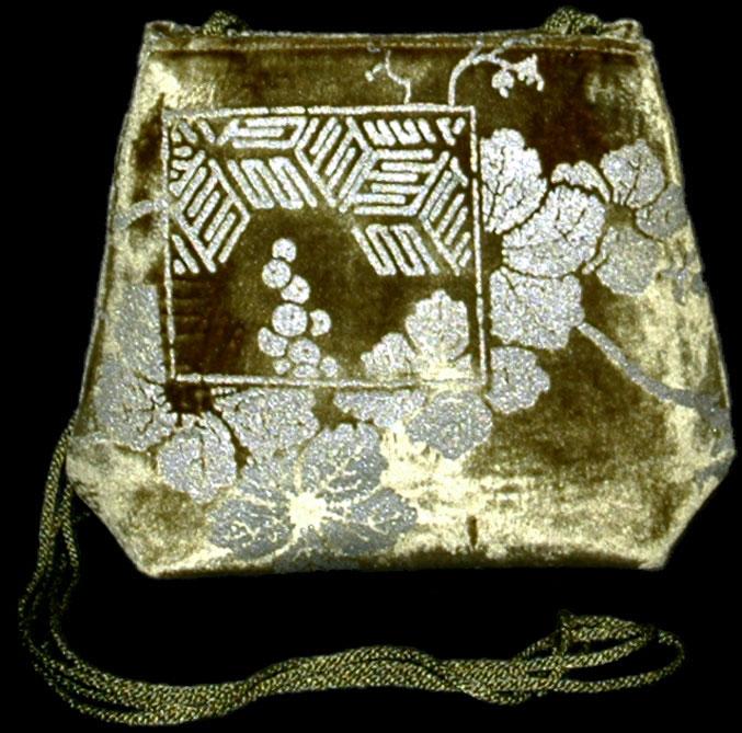 Borsa Fortuny Gioia in velluto verde oliva stampato a mano