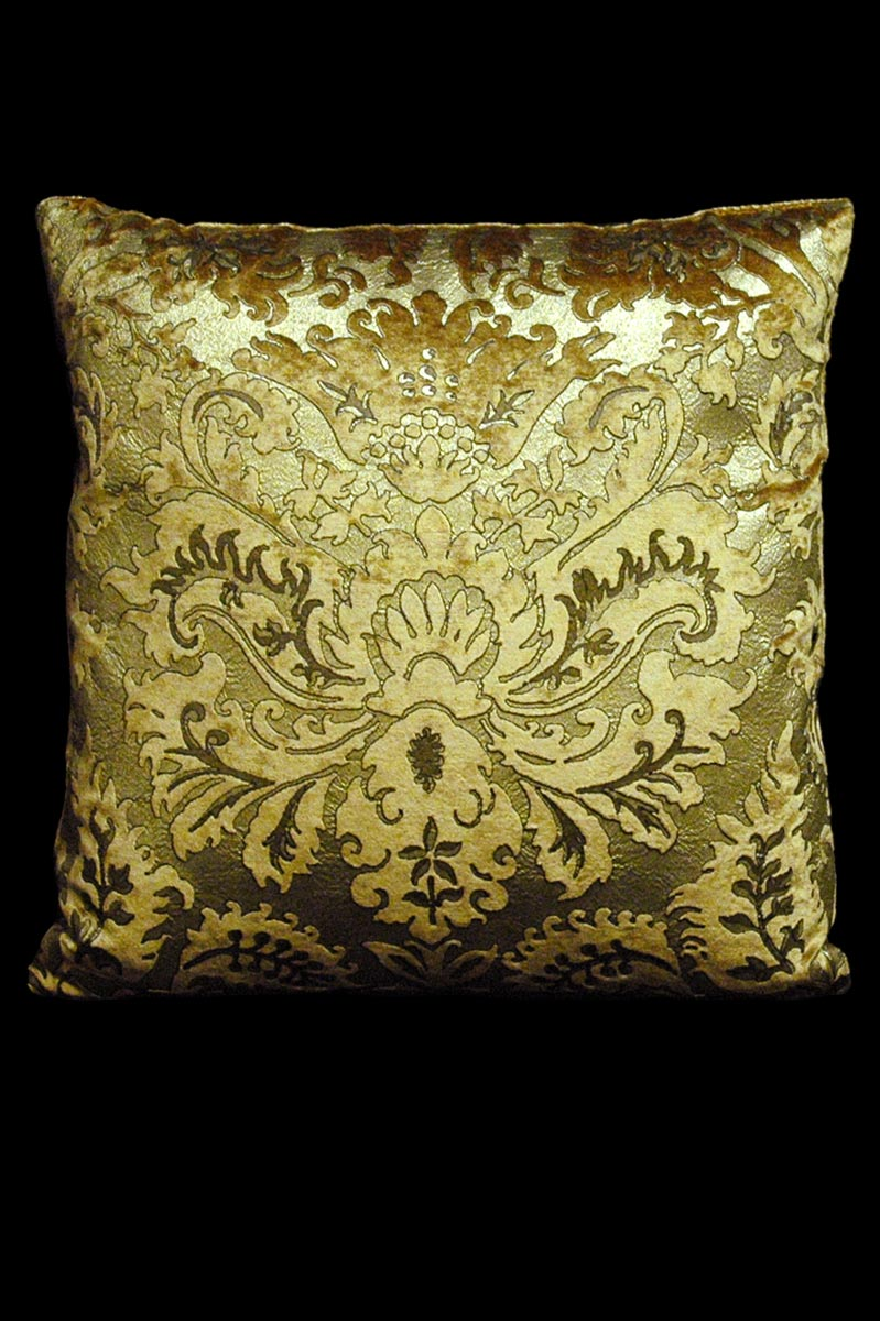 Cuscino quadrato Venetia Studium Barbarigo in velluto stampato caramello