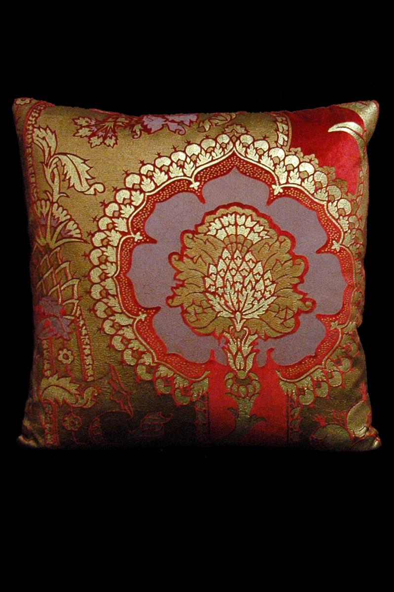 Cuscino quadrato Venetia Studium San Gregorio in velluto stampato rosso