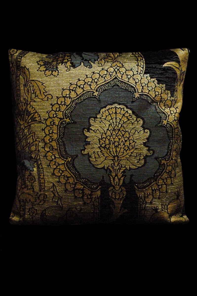 Cuscino quadrato Venetia Studium San Gregorio in velluto stampato nero