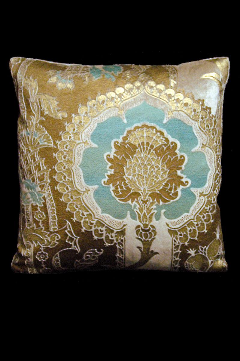 Cuscino quadrato Venetia Studium San Gregorio in velluto stampato beige-azzurro