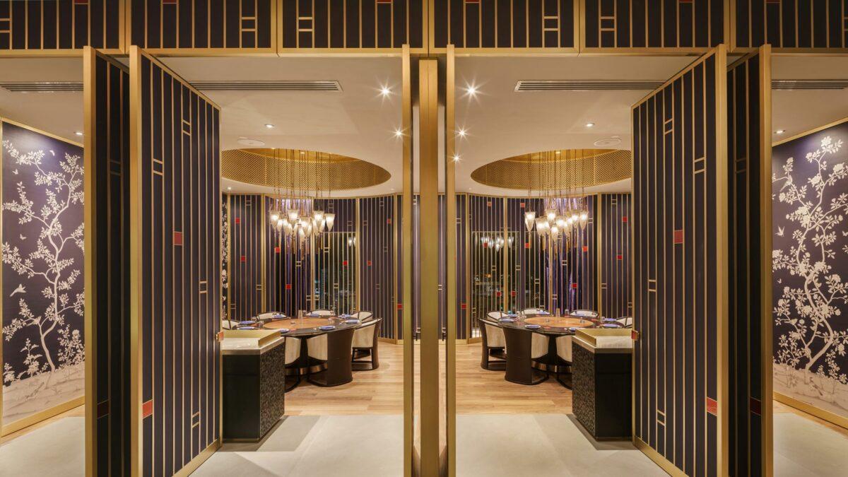 Four Seasons Hotel Kuwait con lampade a sospensione Cesendello in vetro